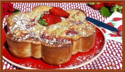 Gâteau fraise rhubarbe