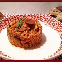 Riz au chorizo, poitrine fumée et tomates