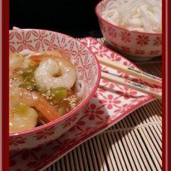 Crevettes sauce aigre douce et nouille de riz