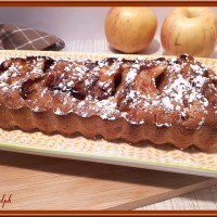 Cake financier saveur pain d'épices et pommes