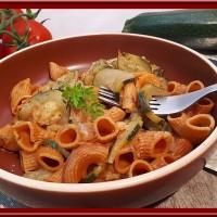 Pâte aux courgettes et  tomates