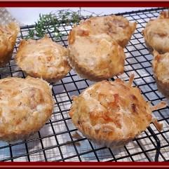Muffins aux fromages et tomates séchées